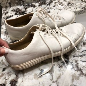 Cole Haan Sneakers/Shoes